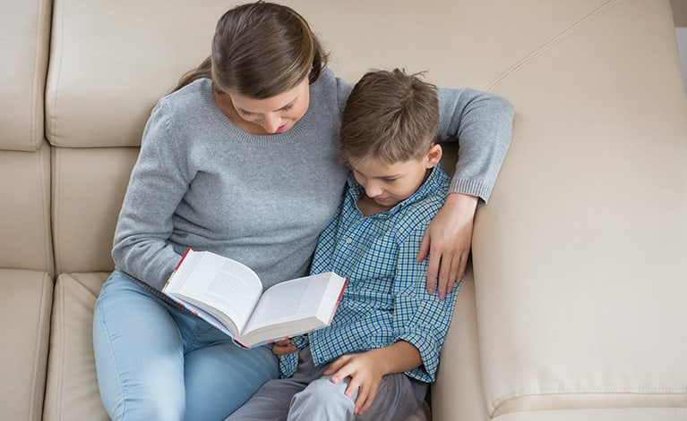 4 Tips to Teaching Your Child to Read